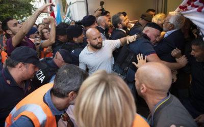 Stefano Fassina Ferito Roma Manifestazione